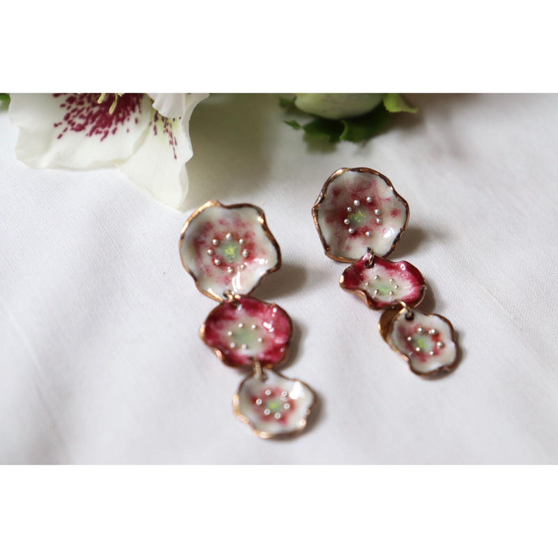 3 flower earrings  (Helleborus #2 )