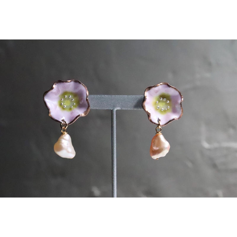 Flower pearl earrings  (cherry blossom)