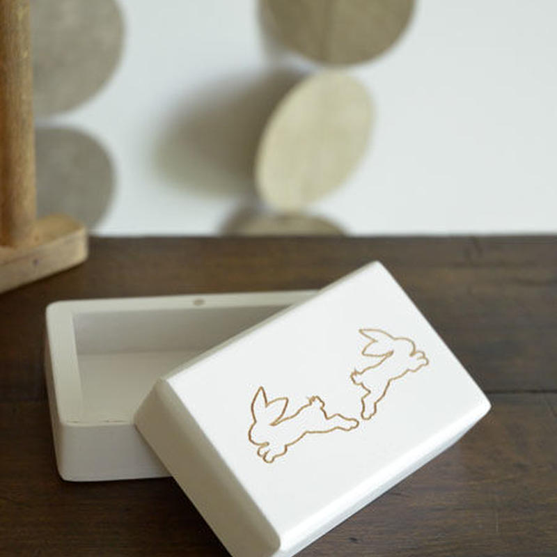 LITOLFF / 乳歯入れ (two hare / white)
