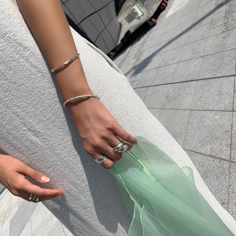 Wide vintage ring