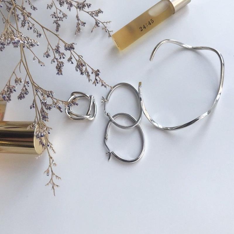 simple wave bracelet