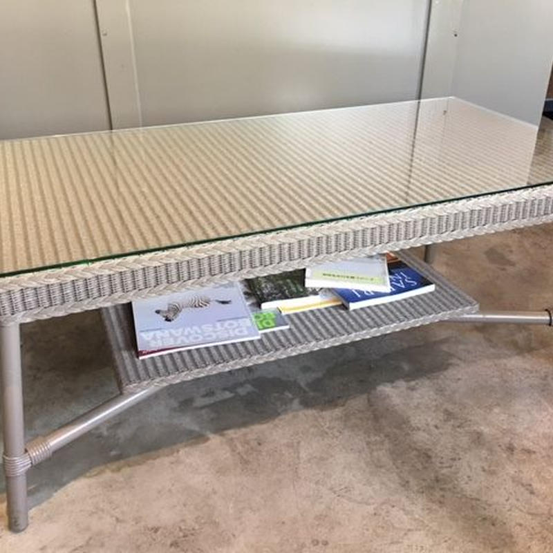 Lloydloom  coffee table