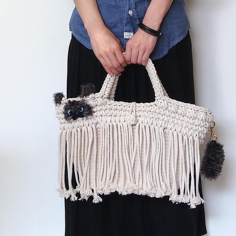 ヒマラヤンがモチーフ♪マクラメ編みねこ型フリンジバッグ(受注生産)