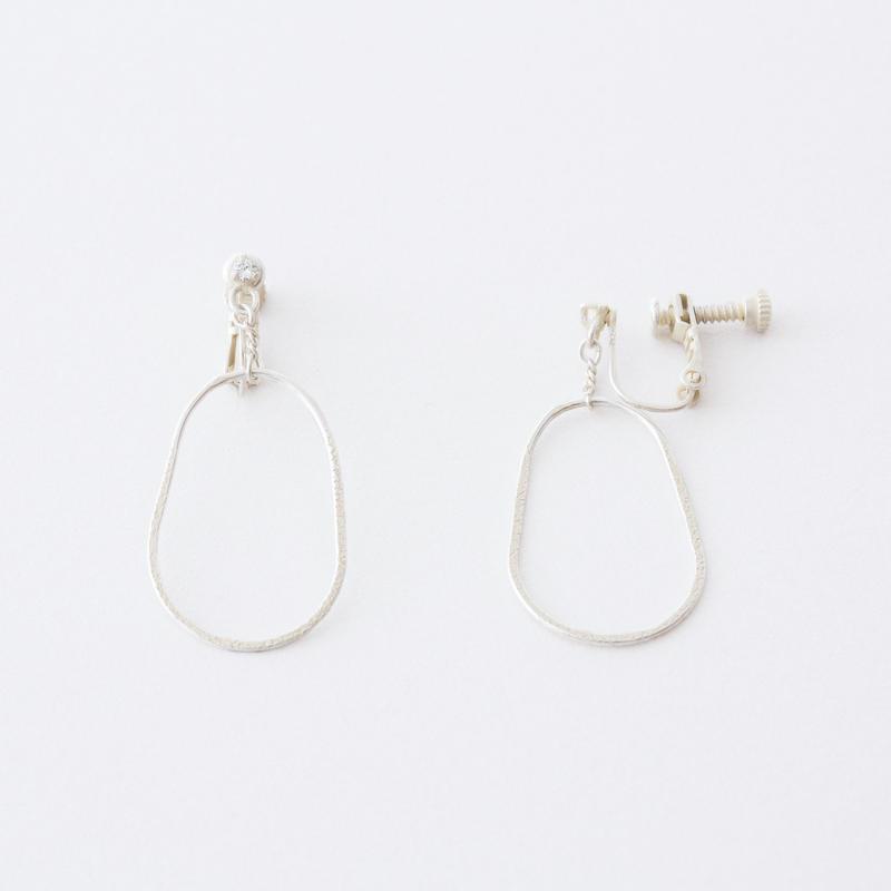 エッグラインイヤリング / Egg line Earring