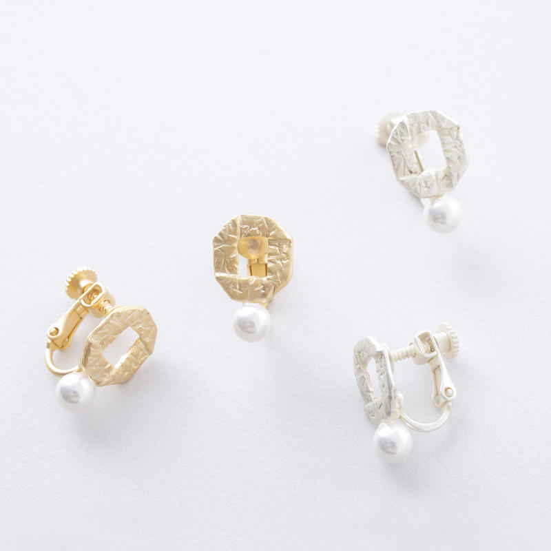 フォールド&パールイヤリング / Fold and Parl Earring
