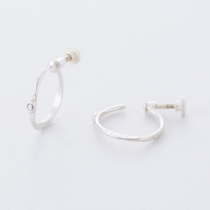 フロウラインイヤリング(クリスタル)  /  Flow Line Earring ( Crystal)