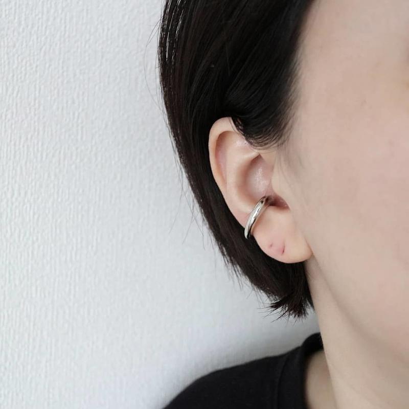 simple earcuff