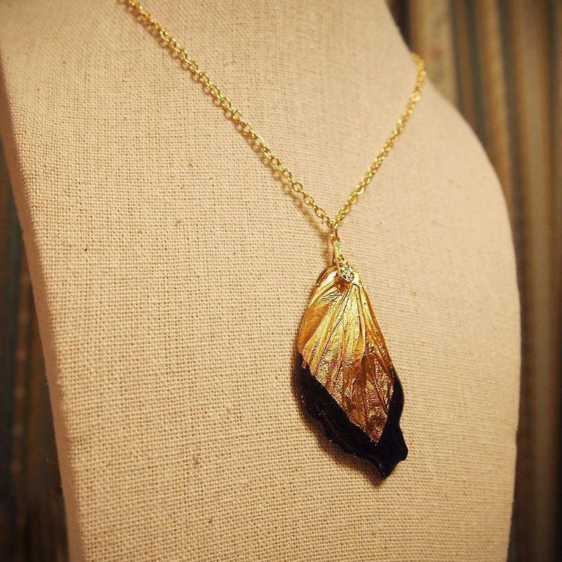 【蝶】Butterfly Necklace - Gold Black -