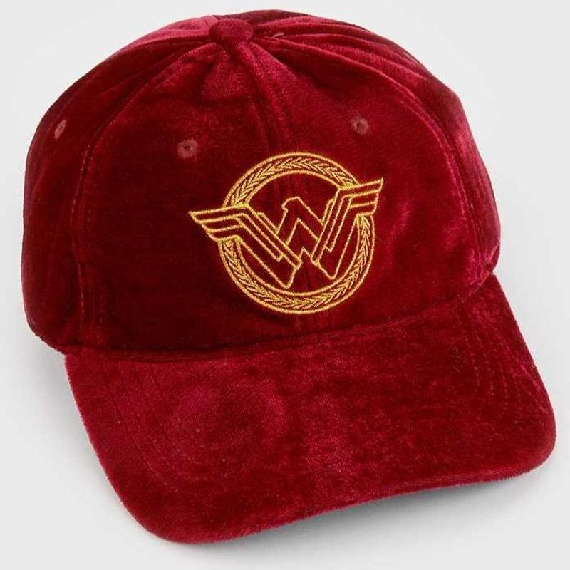 【USA直輸入】DCコミックス ワンダーウーマン ロゴ ベルベット ダッド ハット キャップ 帽子 ベースボールキャップ