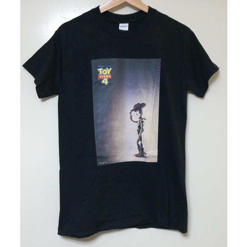 【USA直輸入】DISNEY トイストーリー トイストーリー4 ポスター ロゴ Tシャツ   ToyStory  ディズニー  映画 ウッディ ピクサー トイ・ストーリー