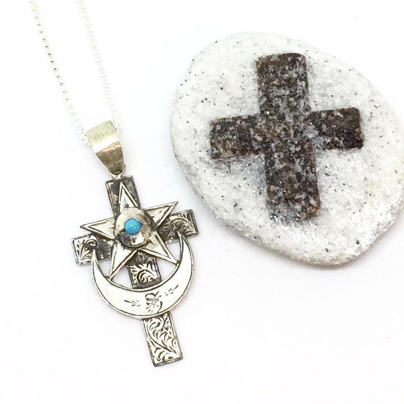 Eye of cross necklace(SILVER)