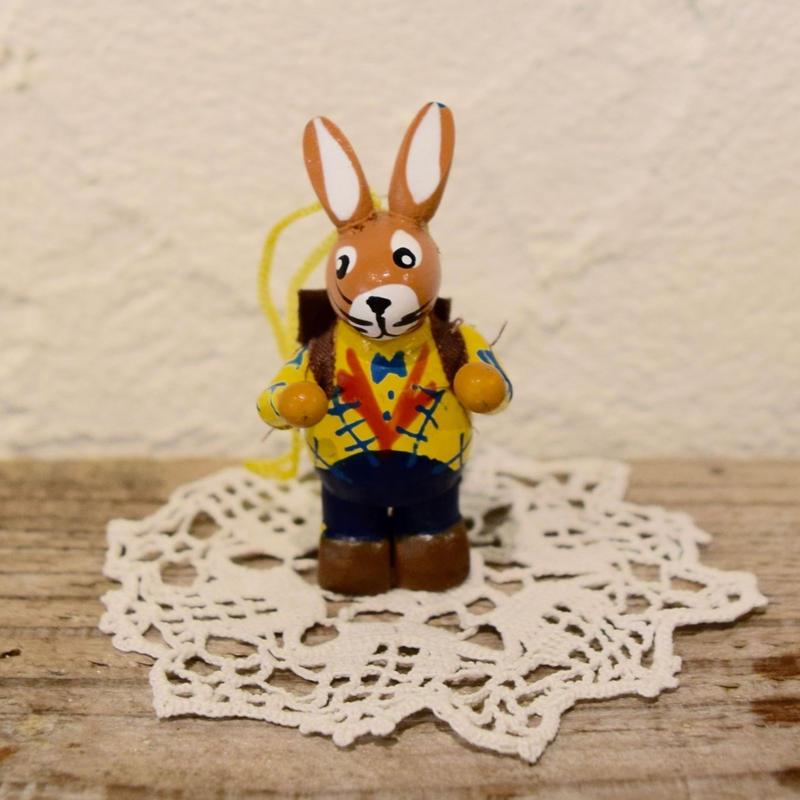 ドイツ ウサギのオーナメント 黄色のジャケット