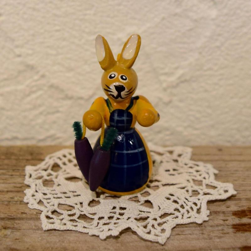 ドイツ ウサギのオーナメント 黄色ワンピース