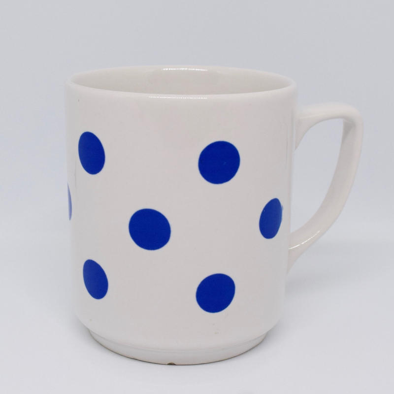 ルーマニア APULUM社 青水玉のマグカップ