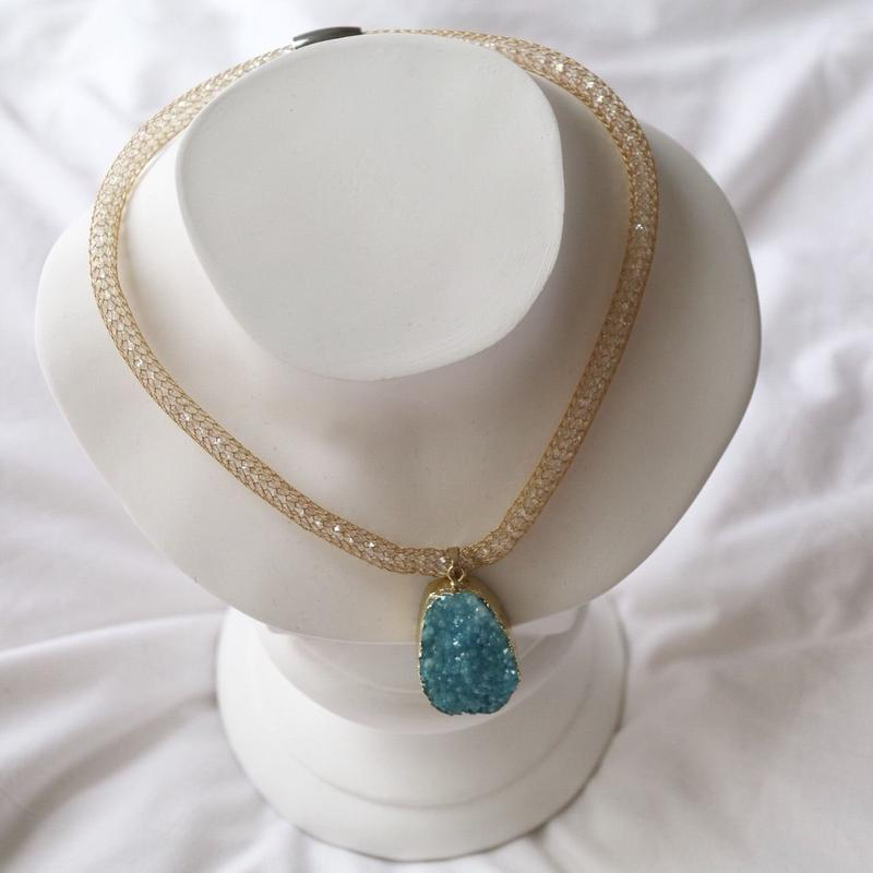 Mesh chain necklace