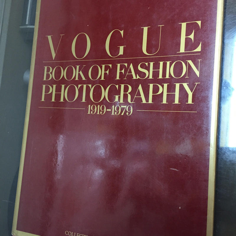 VOGUE BOOK  OF FASHION PHOTOGRAPHY1919-1979