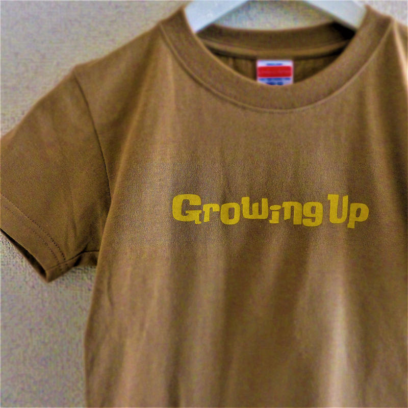 T SHiRT for KiDS 130cm - Growing Up - #SANDKHAKi x YELLOW