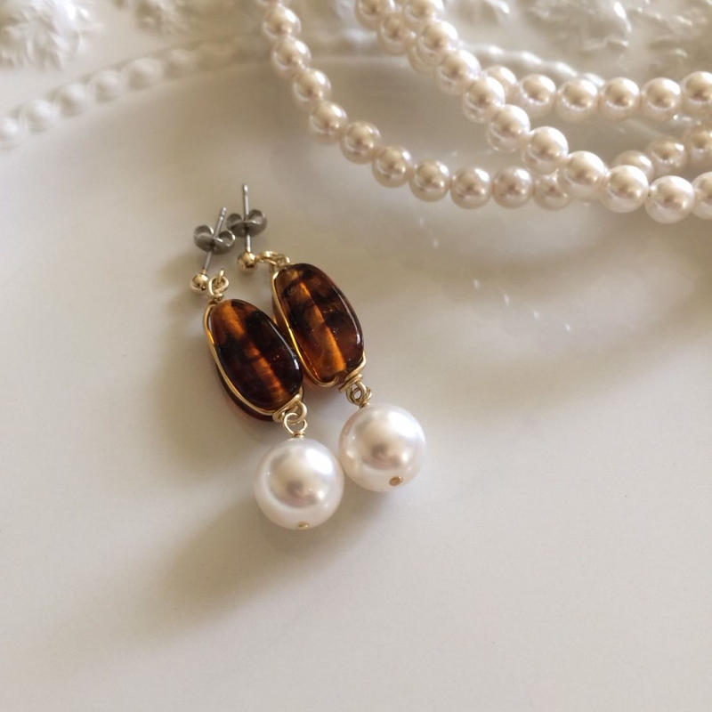 vintage brown marble&pearls pierce