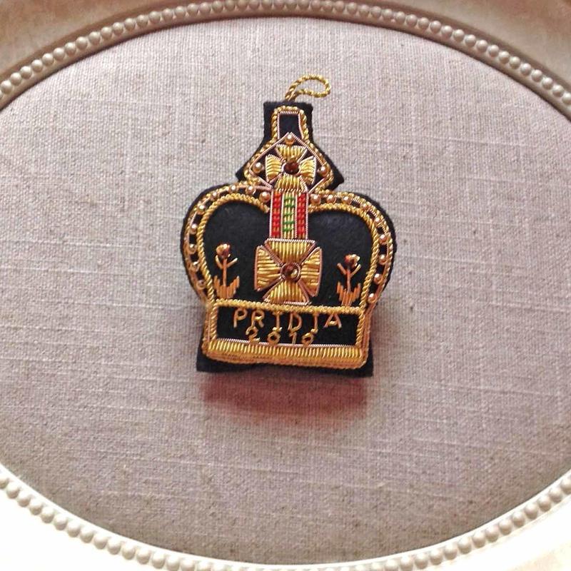 Pridia crown brooch