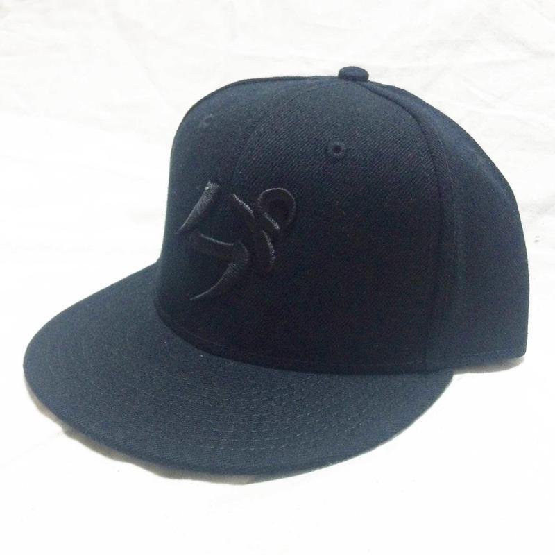 【3D刺繍】パフ SNAPBACK CAP(BLACK/BLACK)