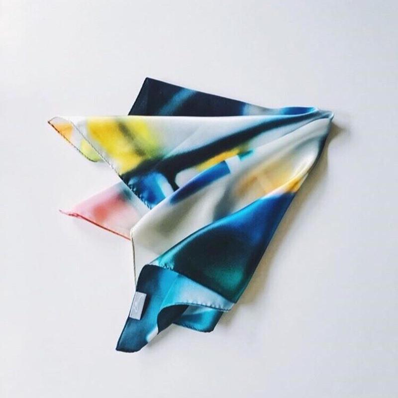 La silk  scarf
