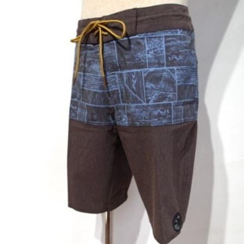 HIPPY TREE CROSSCUT TRUNK BROWN