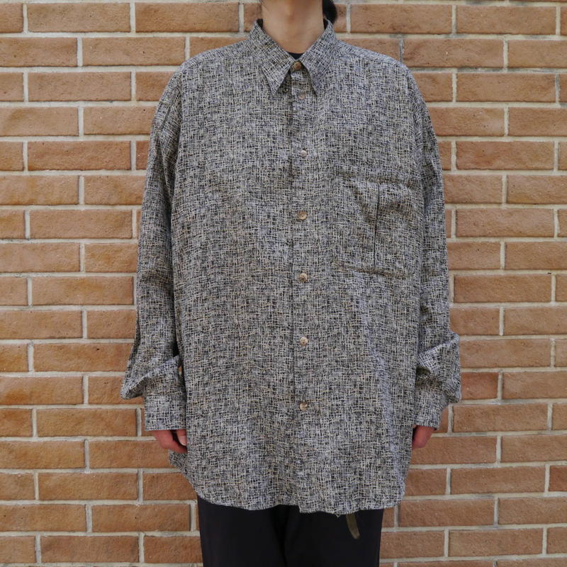 Oversized BD shirt