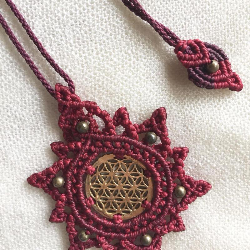 マクラメ編み フラワーオブライフ ネックレス