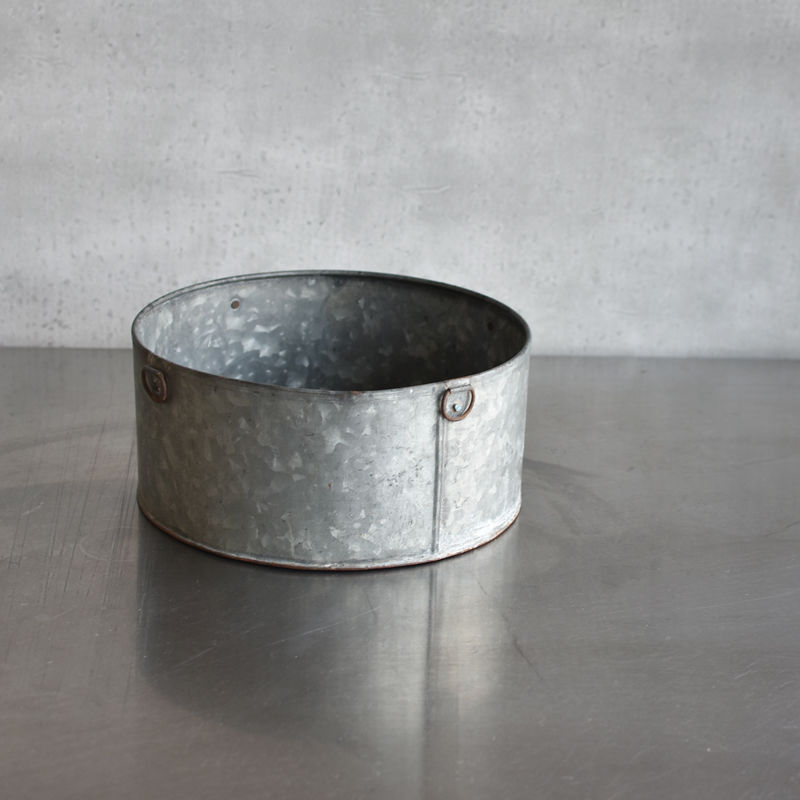 古道具部 吊手のついたブリキ缶