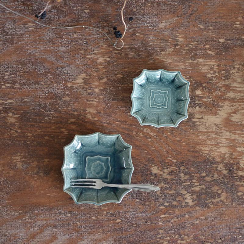 古道具部 珉平焼 瑠璃釉陽刻幾何学紋様四方小皿2枚セット