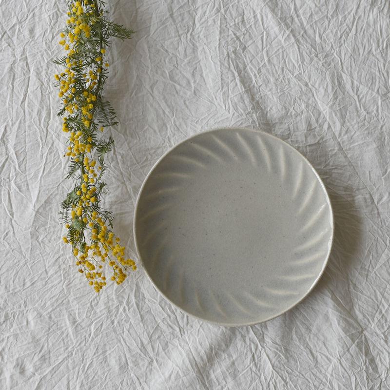 たくまポタリー 6寸皿 風 やわグレー