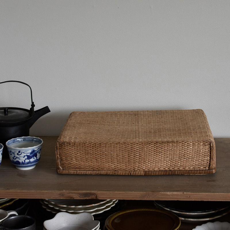 古道具部 小さな柳行李
