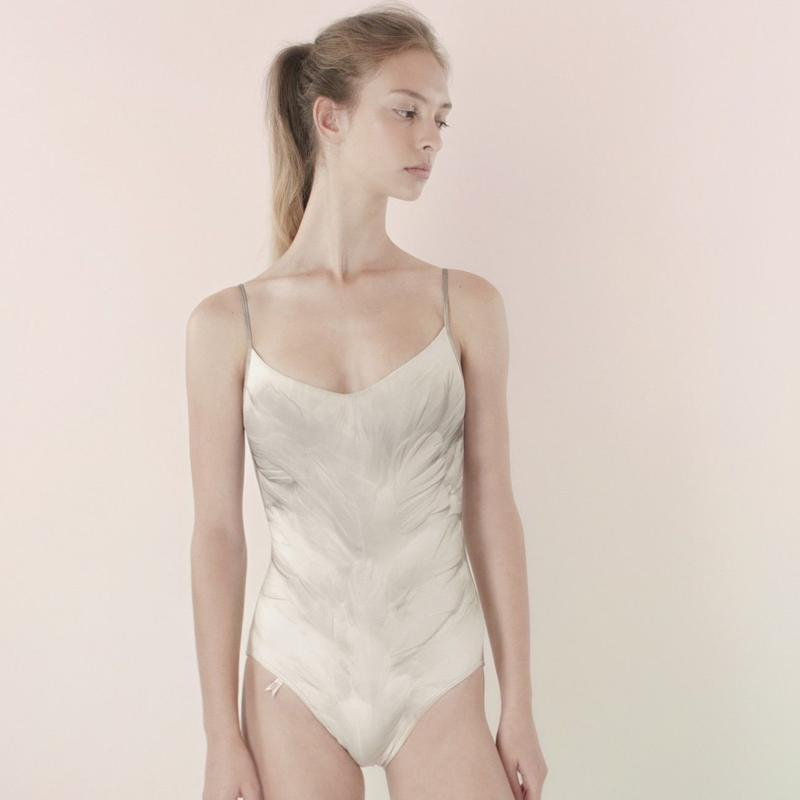[Just A Corpse] SWAN – classic white leotard