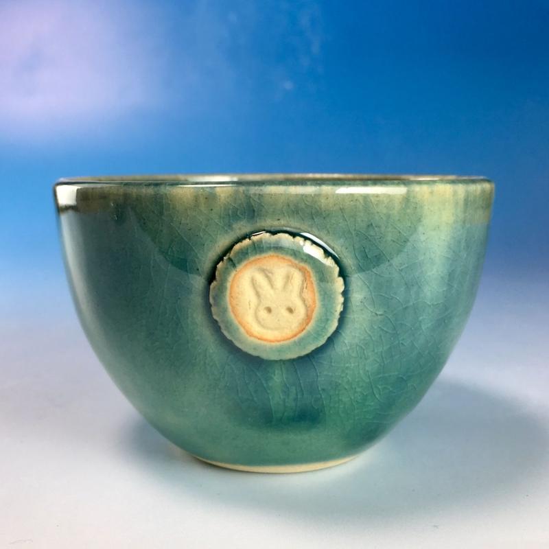 【Y071】海の色の湯呑み茶碗(るり・みどり・うさぎ印)