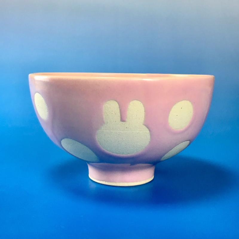 【G016】うさぎ水玉模様のご飯茶碗(マカロンピンク・うさぎ印)