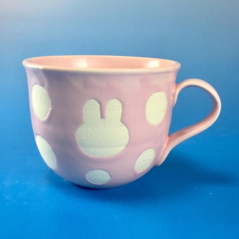 【M048】広口のうさぎ水玉模様のマグカップ小(マカロンピンク・うさぎ印)