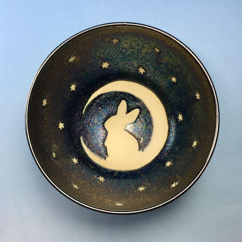 【G063】月夜のうさぎ柄のご飯茶碗(銀彩釉・手描き)
