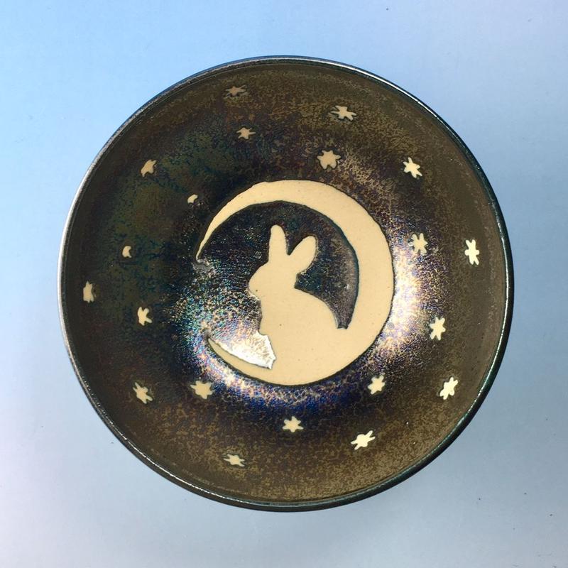 【G052】月夜のうさぎ柄のご飯茶碗ミニ(銀彩釉・手描き)
