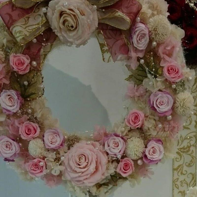 ピンク!ピンク!ピンク!華やかプリザーブドフラワーリース