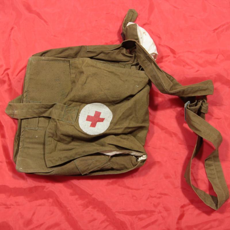 ソ連製 メディカルバッグ 救急用具入れ 1960年代製