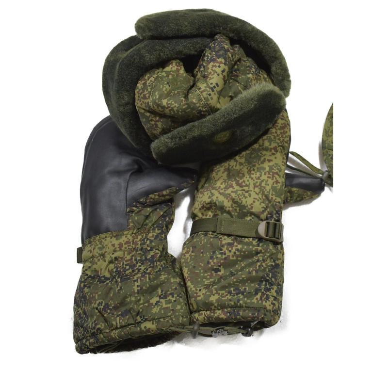 ロシア連邦軍 官給品 BTK-Group製 VKBO デジタルフローラ迷彩 ウシャンカ + 防寒手袋+ネックウォーマー セット 放出品