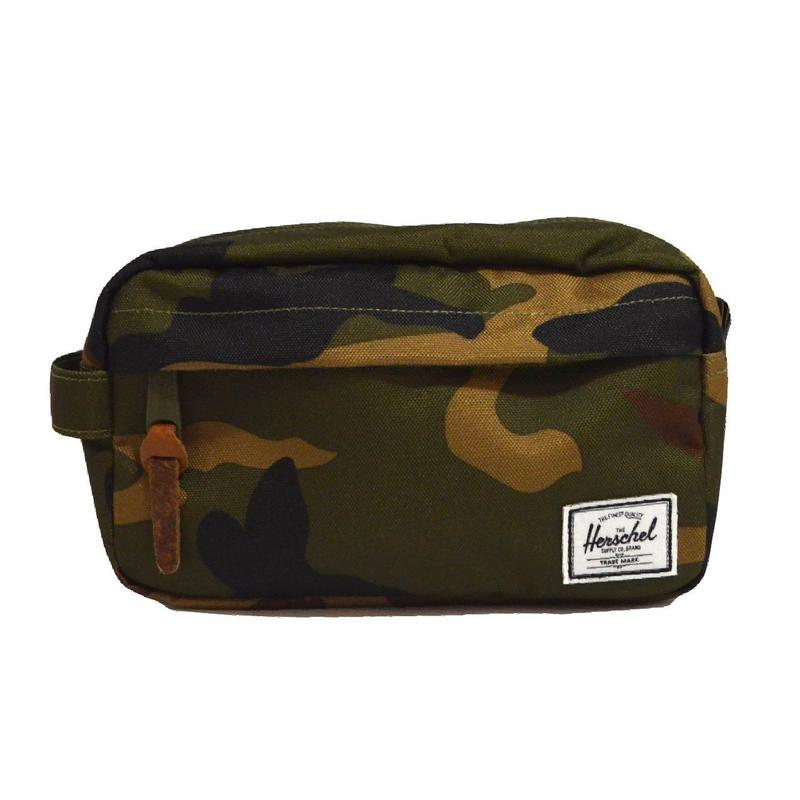 HERSCHEL TRAVEL POUCH (CHAPTER CARRY ON) CAMO