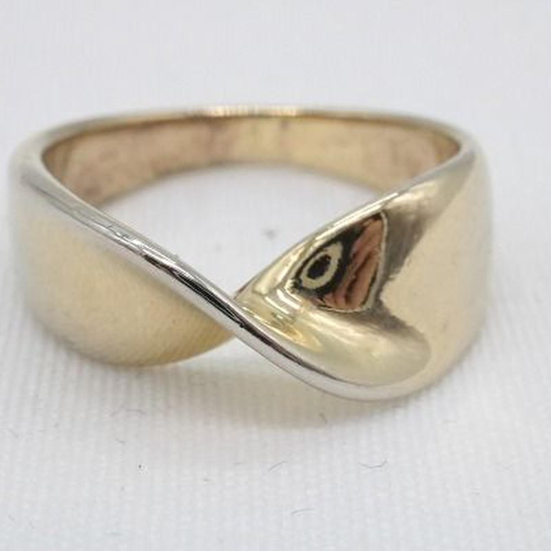 【EC-16】ウェーブ ゴールドカラー リング 指輪