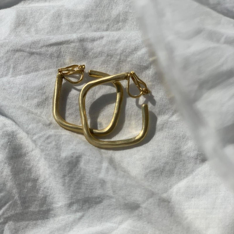 【&her】Square  earrings/Gold