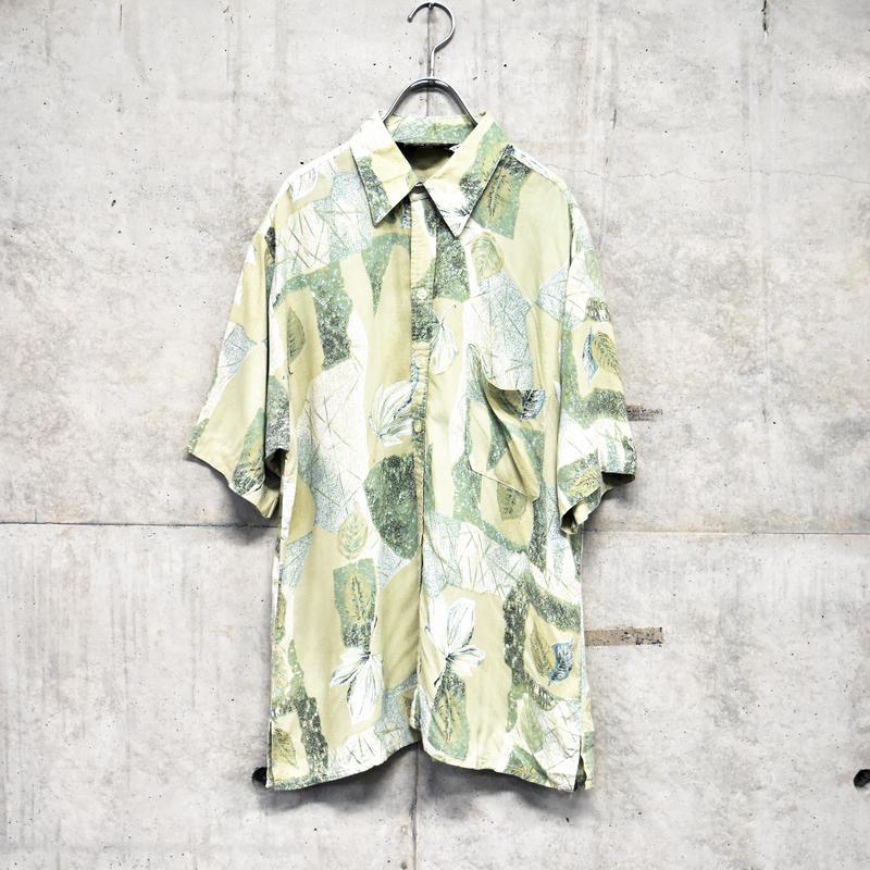 ~80s short sleeve printed rayon shirt