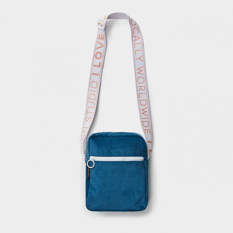 I LOVE UGLY / WALLACE MESSENGER BAG - DUSK BLUE CORDUROY