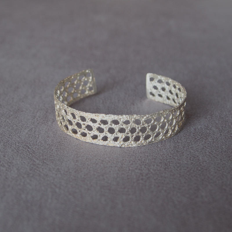 recollection lace bangle(L)