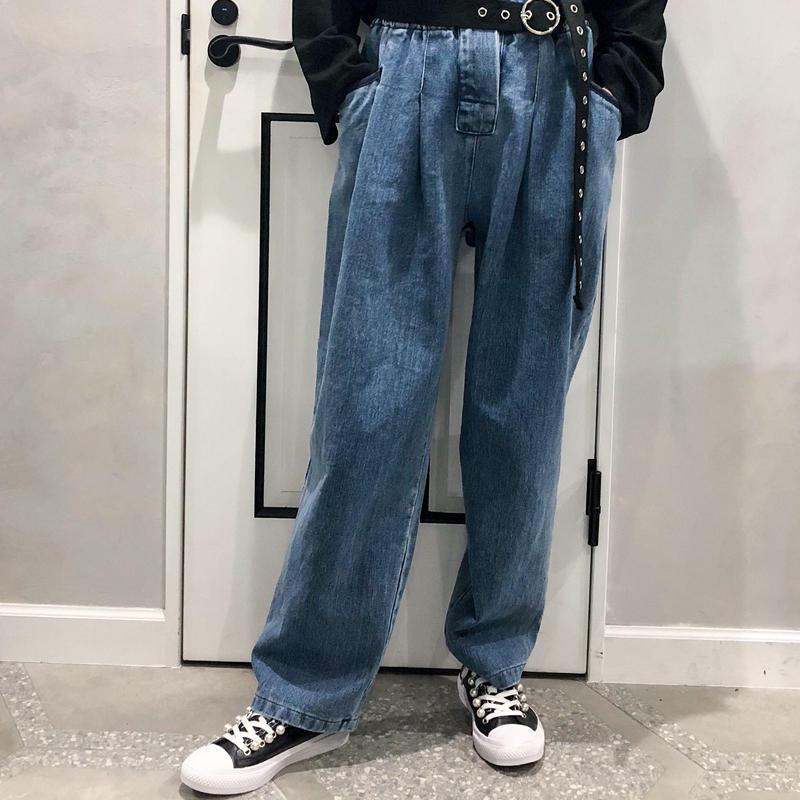 pearl × chain sneaker (black)