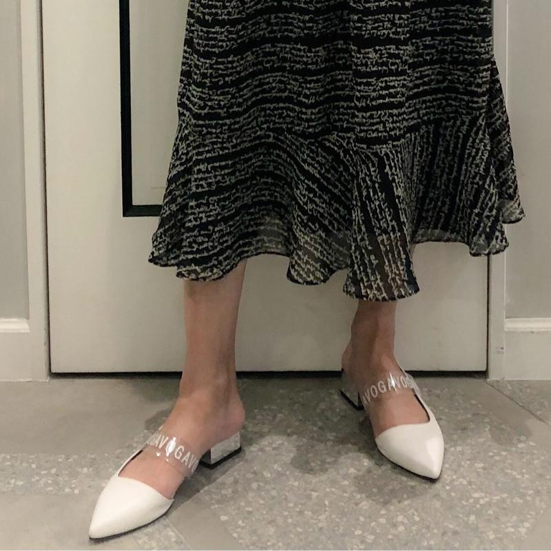 clear band heel shoes (white)
