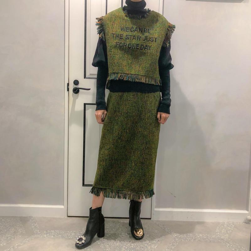 tweed  set up (skirt)